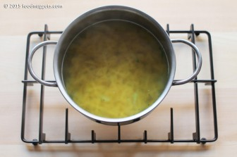 5. Cuoci la pasta nell'acqua dei broccoletti