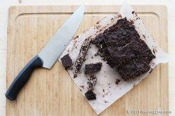 Cioccolatini di quinoa soffiata tagliati col coltello