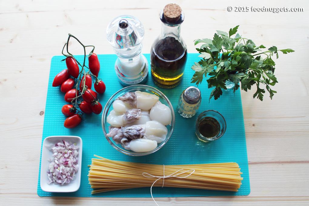 Ingredienti per le linguine con seppioline al rhum