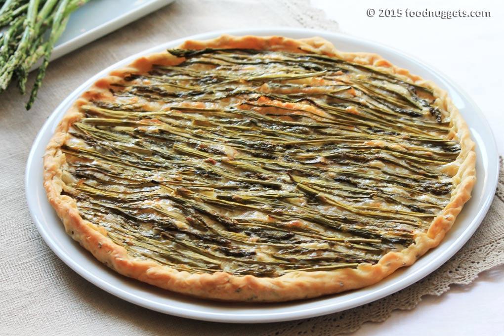 Croccantina al rosmarino con asparagi di campo