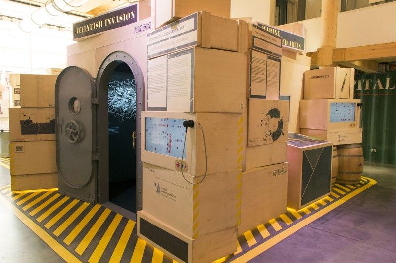Stazione tematica sulle meduse nel padiglione del Principato di Monaco in Expo