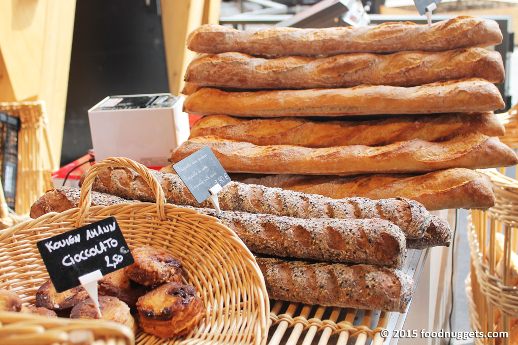 Baguette in vendita in Expo