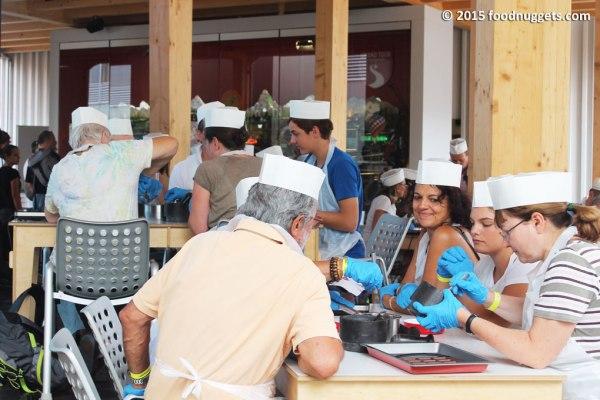 Atelier del cioccolato nel padiglione svizzero