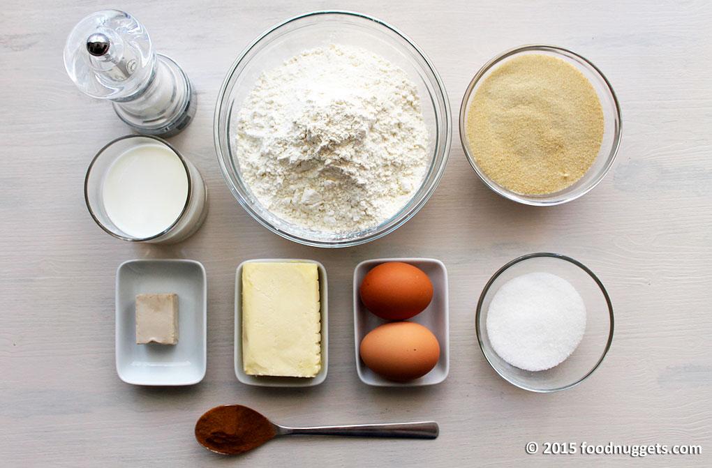 Farina, zucchero di canna, burro, latte, uova, cannella in polvere, zucchero semolato, lievito di birra, sale